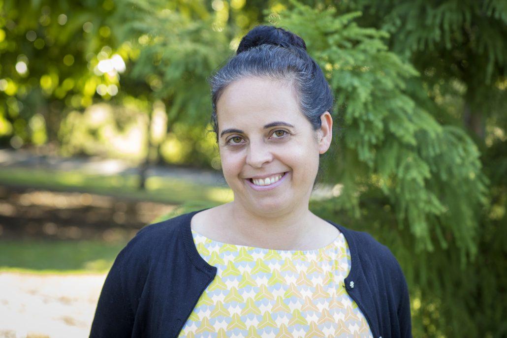 Dr Irena Larking